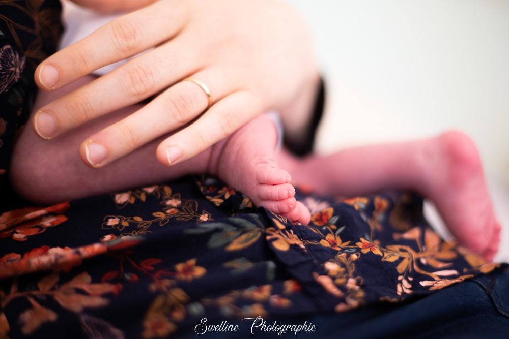 Photographie des petits pieds de bébé