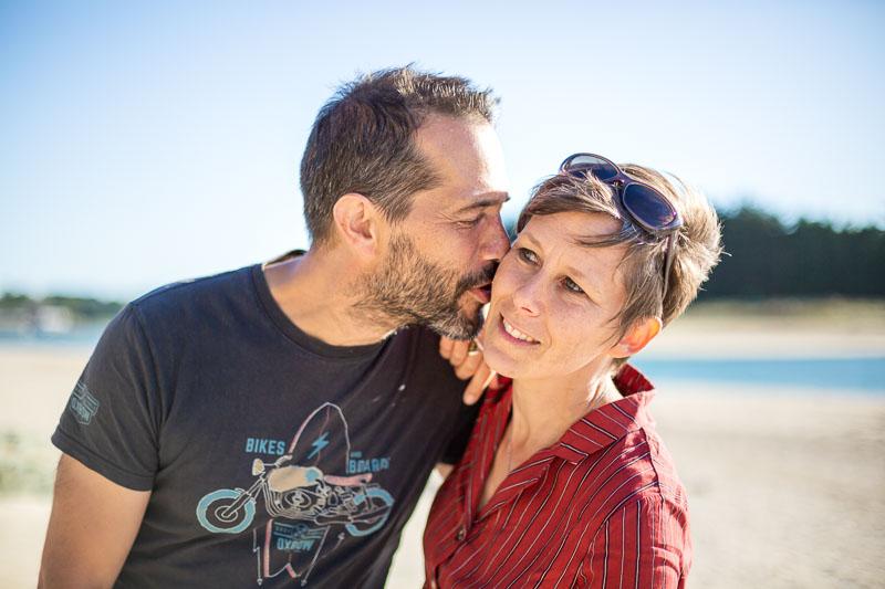 photographie professionnelle couple amoureux plage