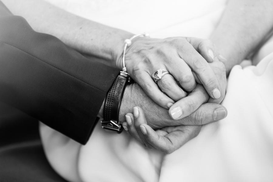 photographie-mariage-alliance-mains-locquirec-lannion-bretagne