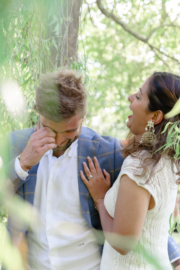 photographie-mariage-couple-rire-plestin-lannion-bretagne