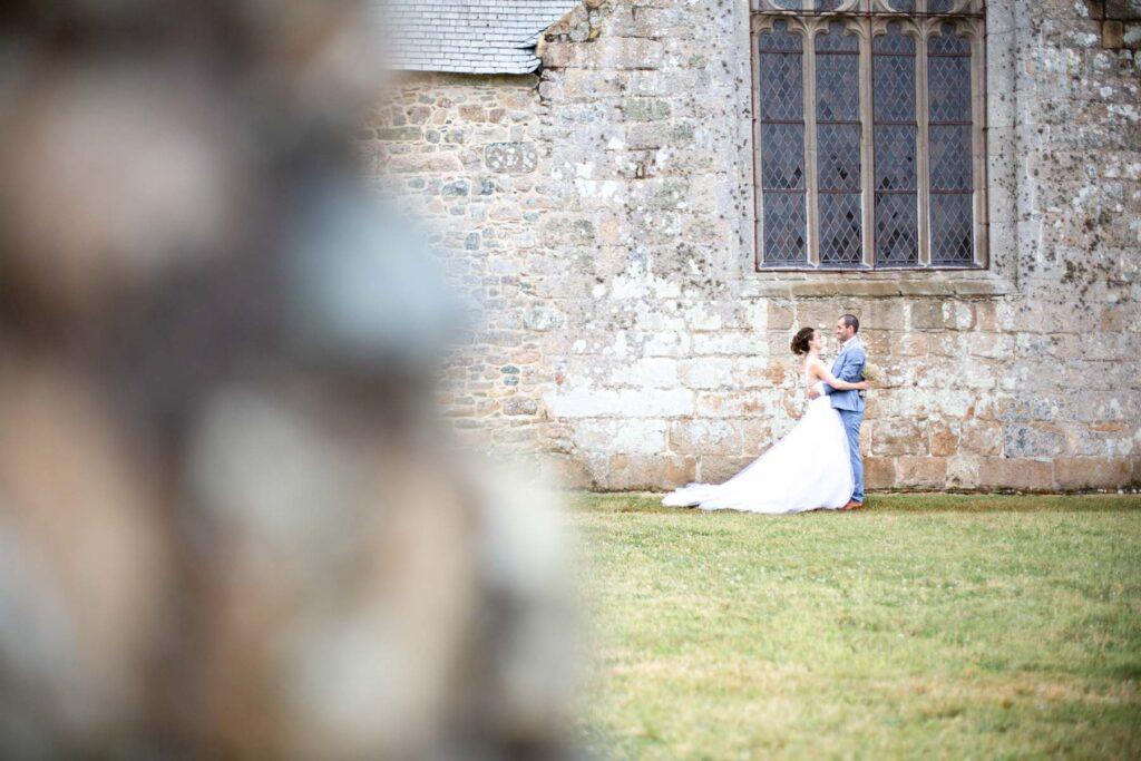photographie couple mariage plougrescant elegance