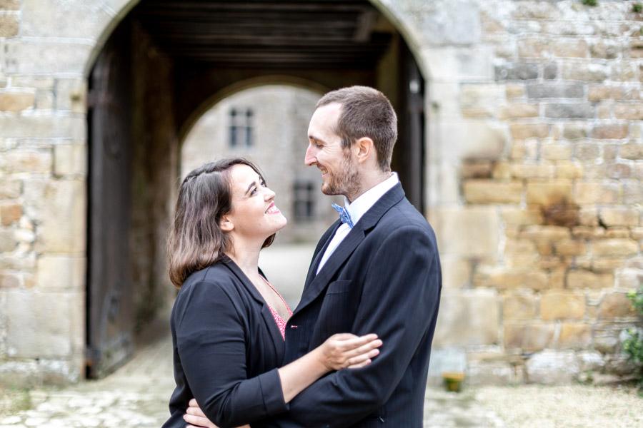 photo de couple des invités au chateau de Rosanbo