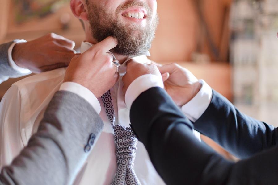 Préparatifs et habillage des mariés