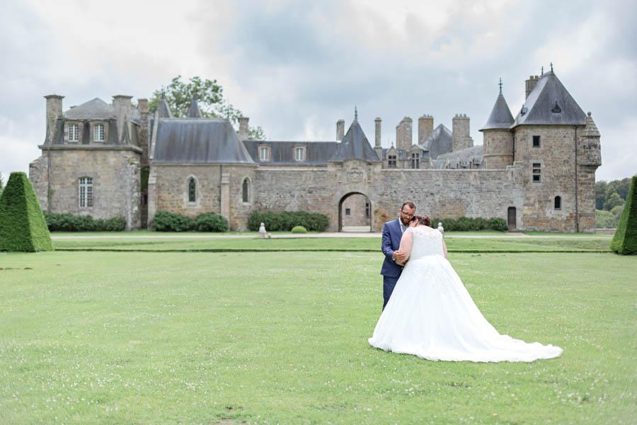 Photo de couple Mariage chateau de Rosanbo Lanvellec